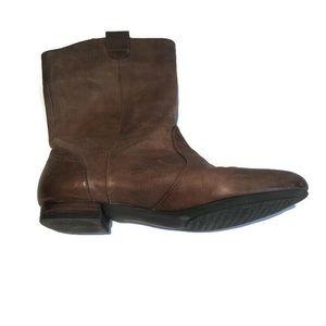 Banana Republic leather cowboy boot,brown,size 8.5
